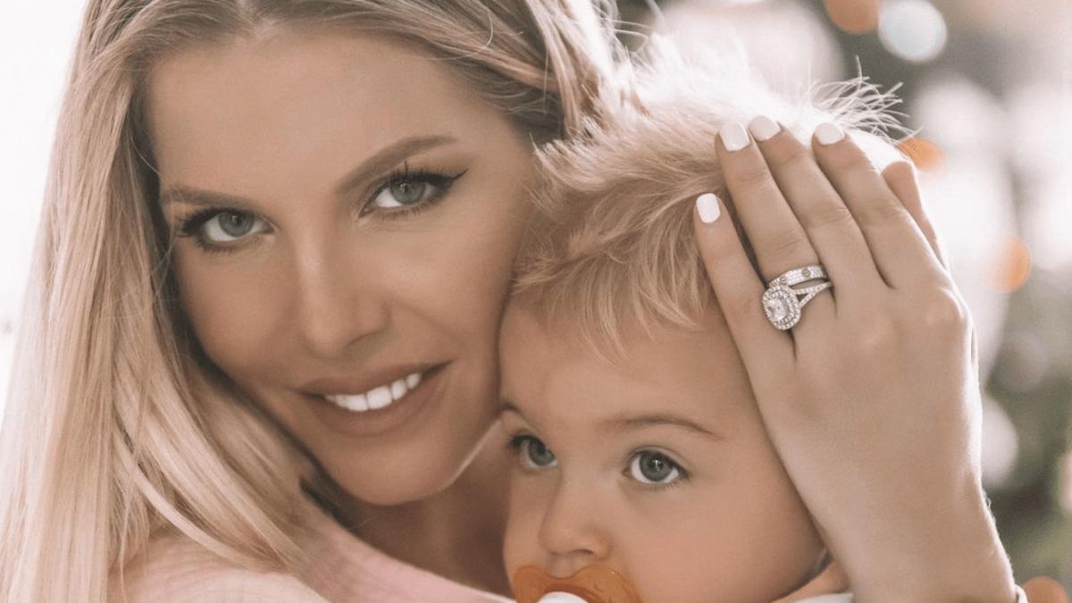 Jessica Thivenin s'amuse avec son fils Maylone et fait réagir ses fans !