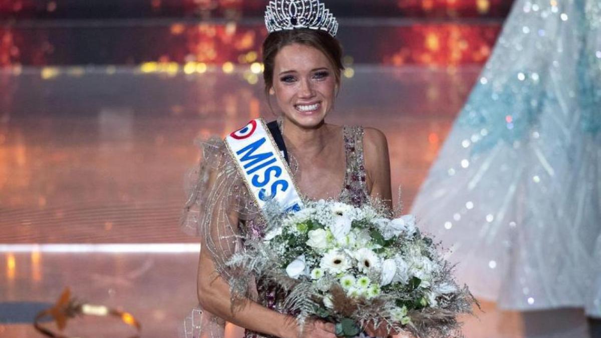Miss France 2021 : Amandine Petit en couple ! Découvrez son chéri !