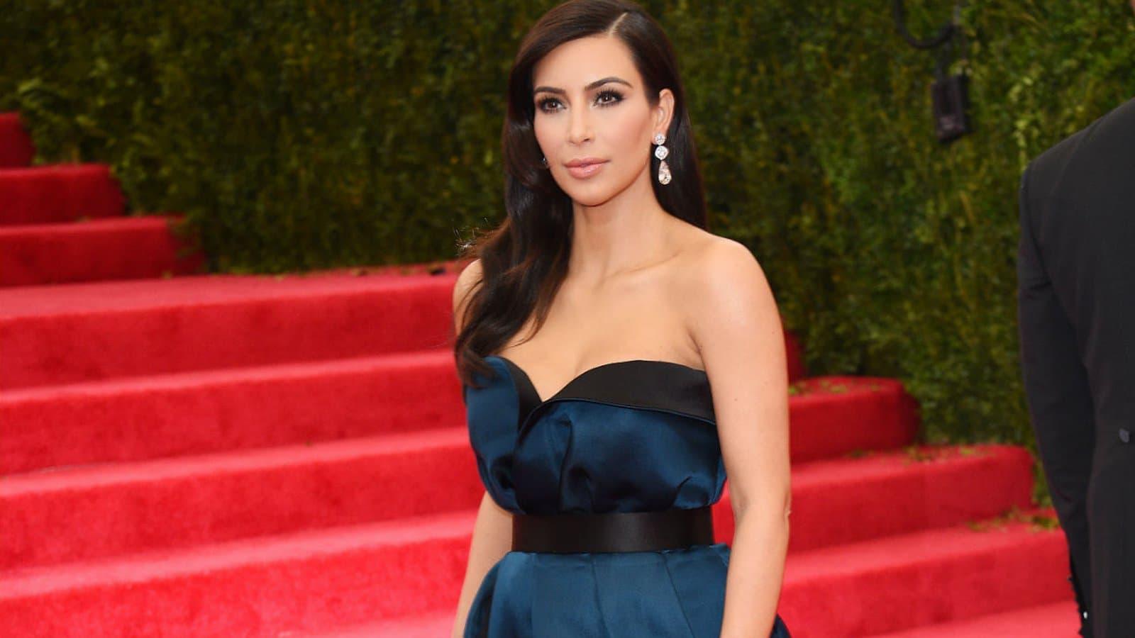 Braquage de Kim Kardashian : Yunice Abbas l'un des braqueurs menace sur le plateau l'un des chroniqueurs de TPMP