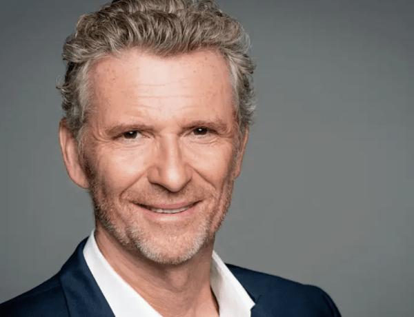 Denis Brogniart : Il souffre d'hypocondrie depuis la mort de son père, ses confidences