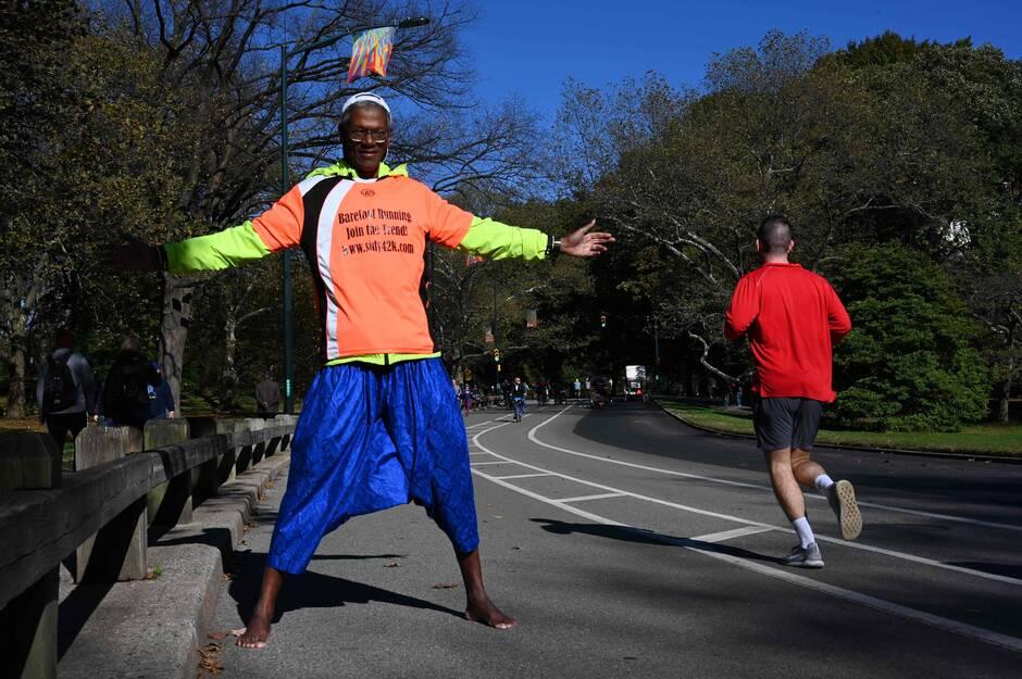 Nouveau record du monde : un semi-marathon à pieds nus…dans la neige