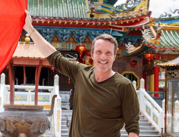 Pékin Express : Stéphane Rotenberg parle des relations intimes entre les candidats et les hôtes !