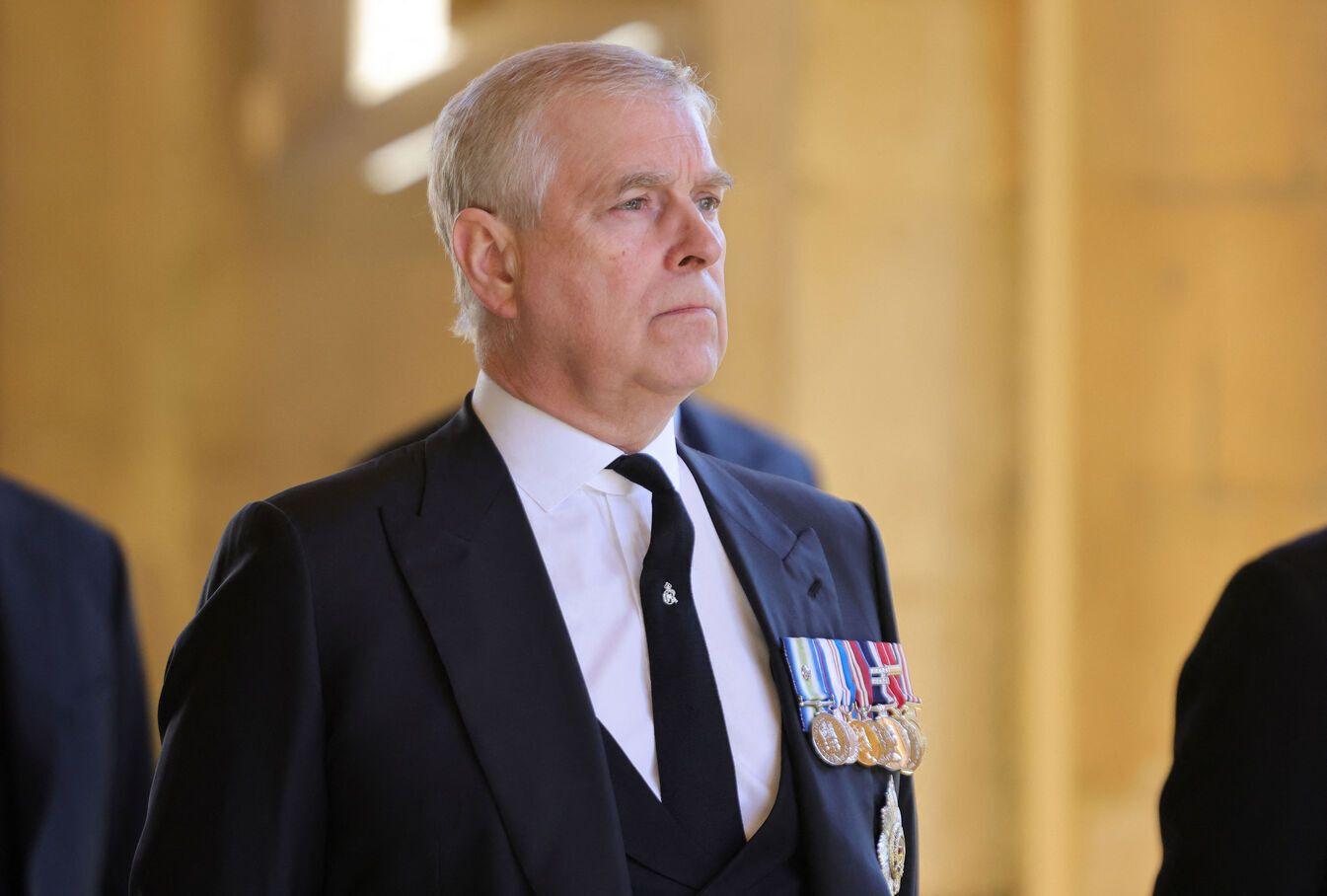 6 millions d'euros proposés au prince Andrew pour prouver son innocence dans le scandale Epstein