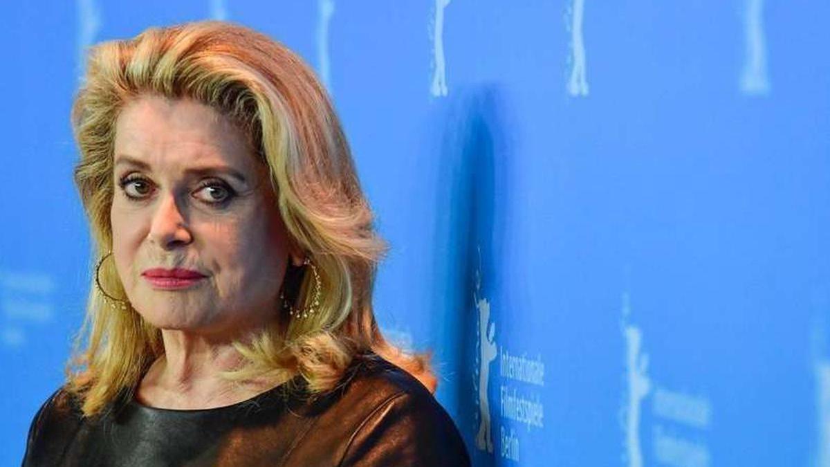 Catherine Deneuve : Son AVC n'est plus qu'un vilain souvenir, l'actrice éblouissante !