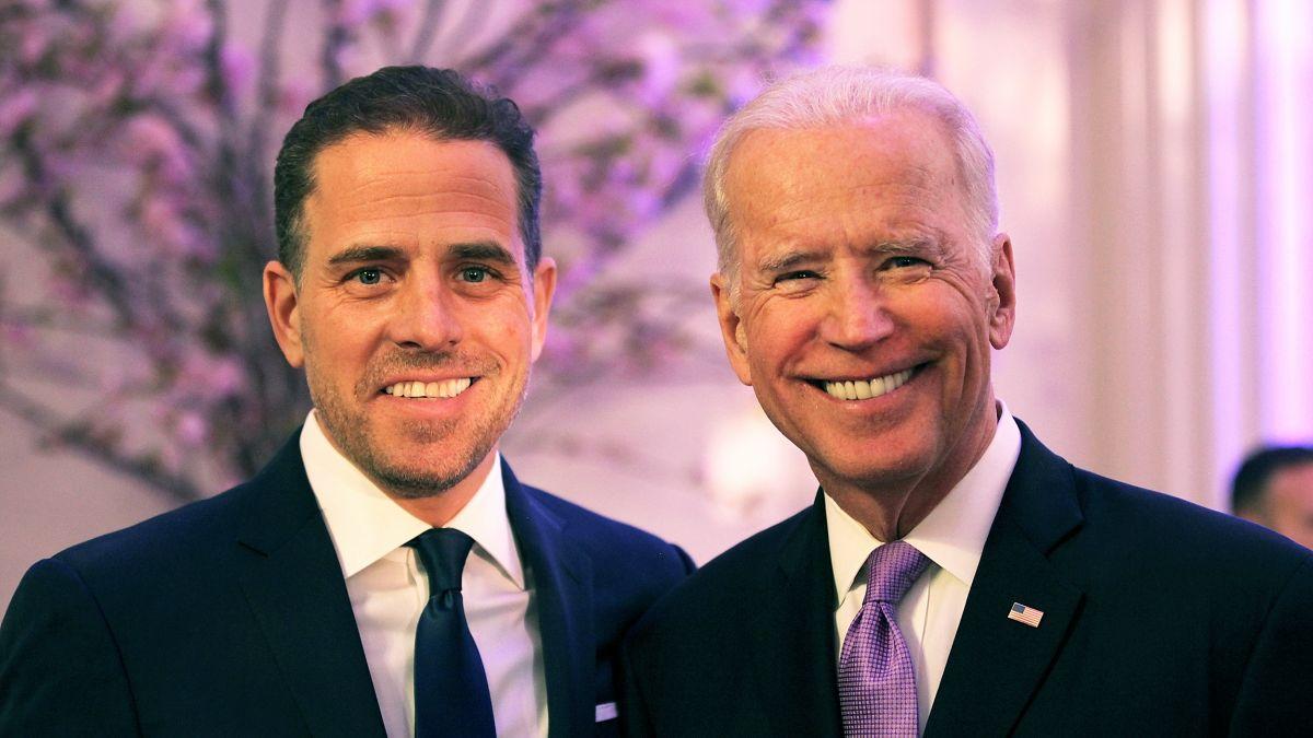 Joe Biden : Son fils Hunter en photo quasi-nu, entouré de prostituées et de drogue