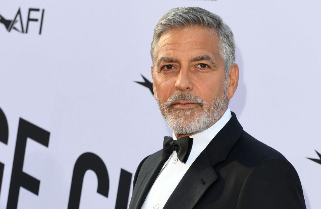 La barbe blanche : Le nouvel allié au poil de ses messieurs