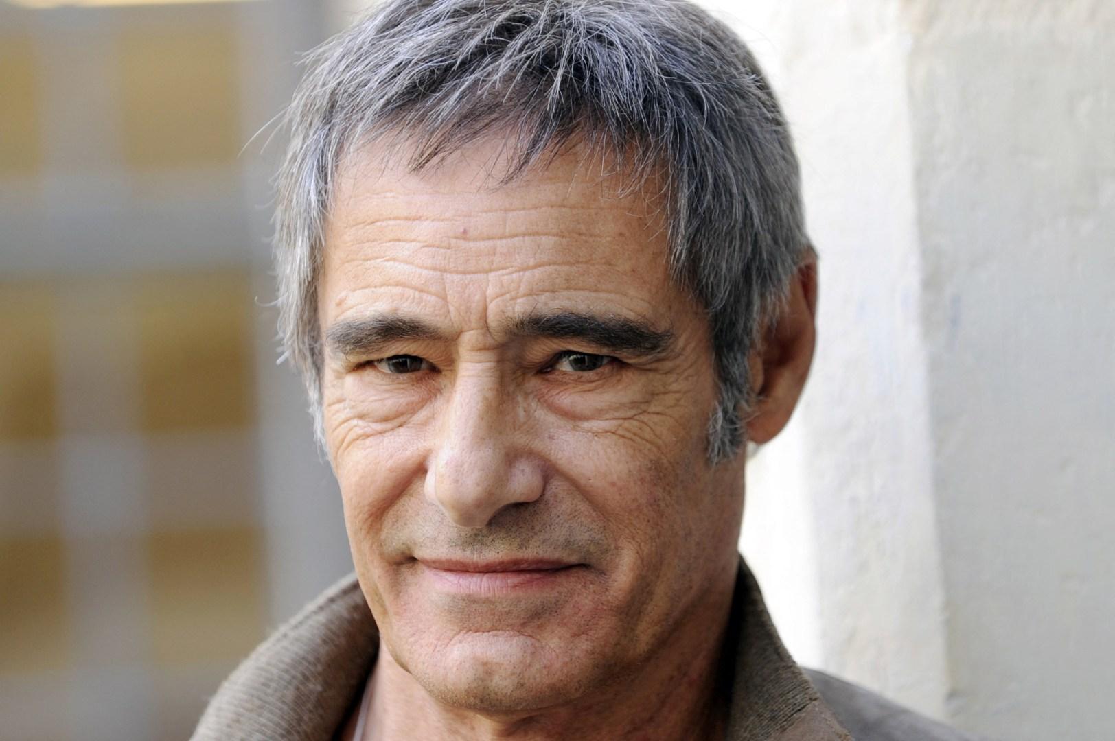 Gérard Lanvin exilé fiscal ? Le comédien met les choses au clair sur sa vie au Maroc