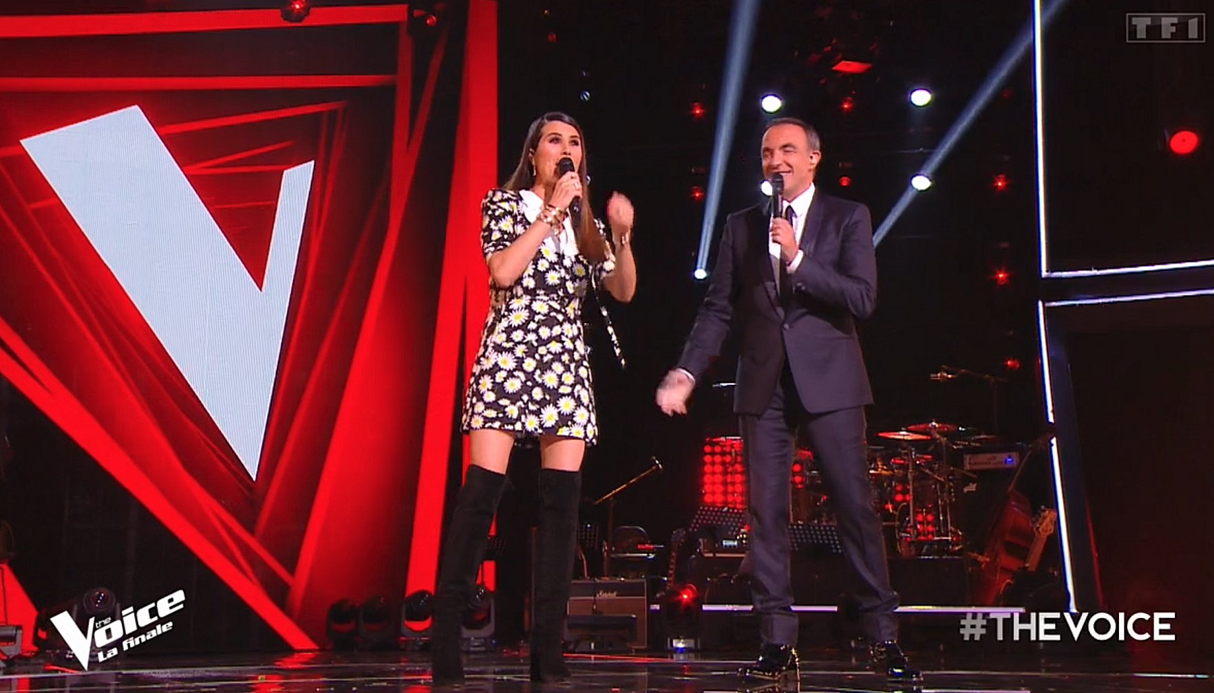Karine Ferri humiliée par TF1 : Cyril Hanouna prend la défense de l'animatrice !