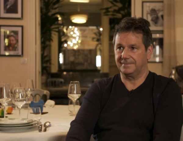 Pierre-Jean Chalençon et Christophe Leroy plaisantent sur l'affaire des repas clandestins