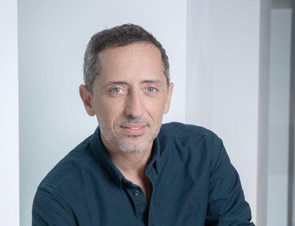 Gad Elmaleh et ce «sachet» transformé en toilettes : L'humoriste raconte une anecdote très drôle