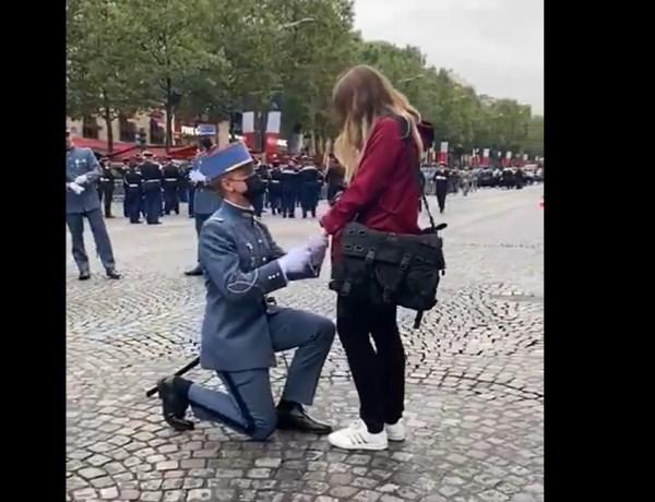 14 juillet : Un militaire demande la main de sa chérie en plein défilé !