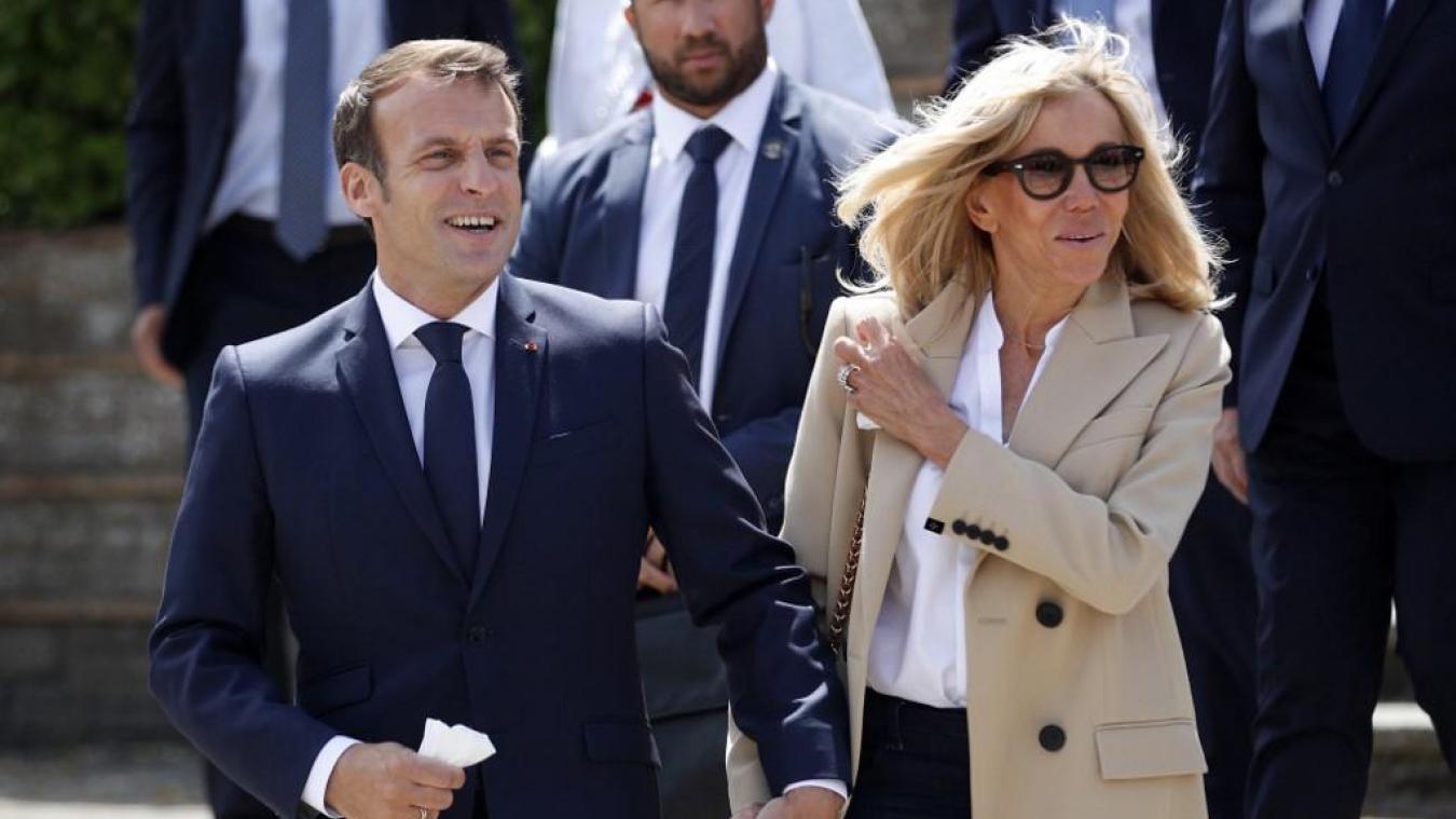 Brigitte et Emmanuel Macron à Brégançon : l'Elysée ne mégote pas avec la sécurité