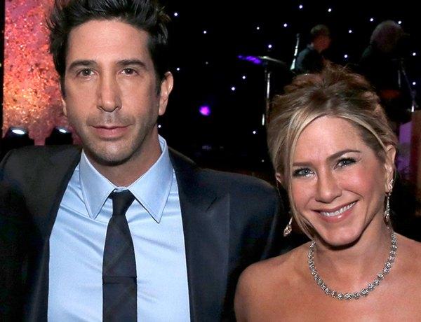 Jennifer Aniston : L'actrice évoque les rumeurs qui la disaient en couple avec David Schwimmer
