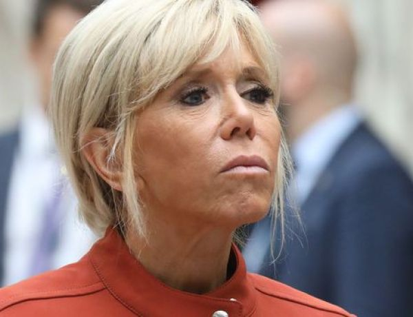 Brigitte Macron sous le feu des critiques : Ce cliché qui choque la toile