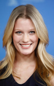 Ashley Hinshaw Measurements, Height, Weight, Bra Size, Age, Wiki, Affairs