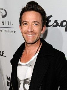 David Faustino Height, Weight, Body stats, Wiki
