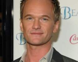 Neil Patrick Harris Height, Weight, Body stats, Wiki