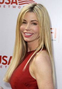 shaune-bagwell-measurements-height-weight-bra-size-age-wiki-affairs