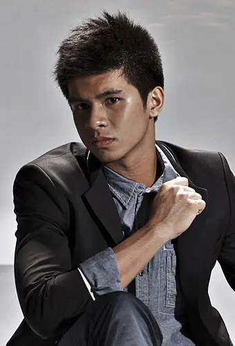 Kiefer Ravena Is UAAP Season 74 Rookie Of The Year Starmometer