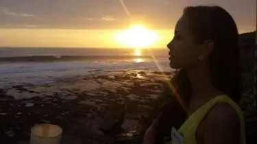 Miss World Philippines Megan Young Facebook Photo – Sunset