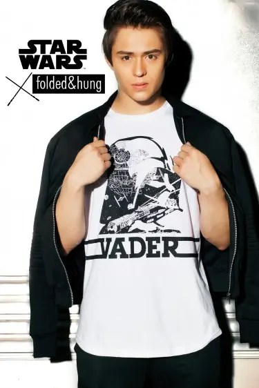 Enrique - Star Wars x Folded  & Hung