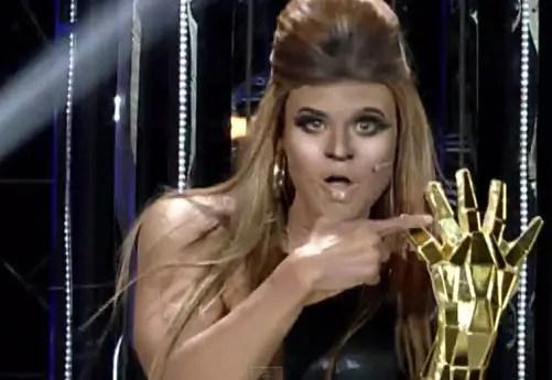 JayR as Beyonce
