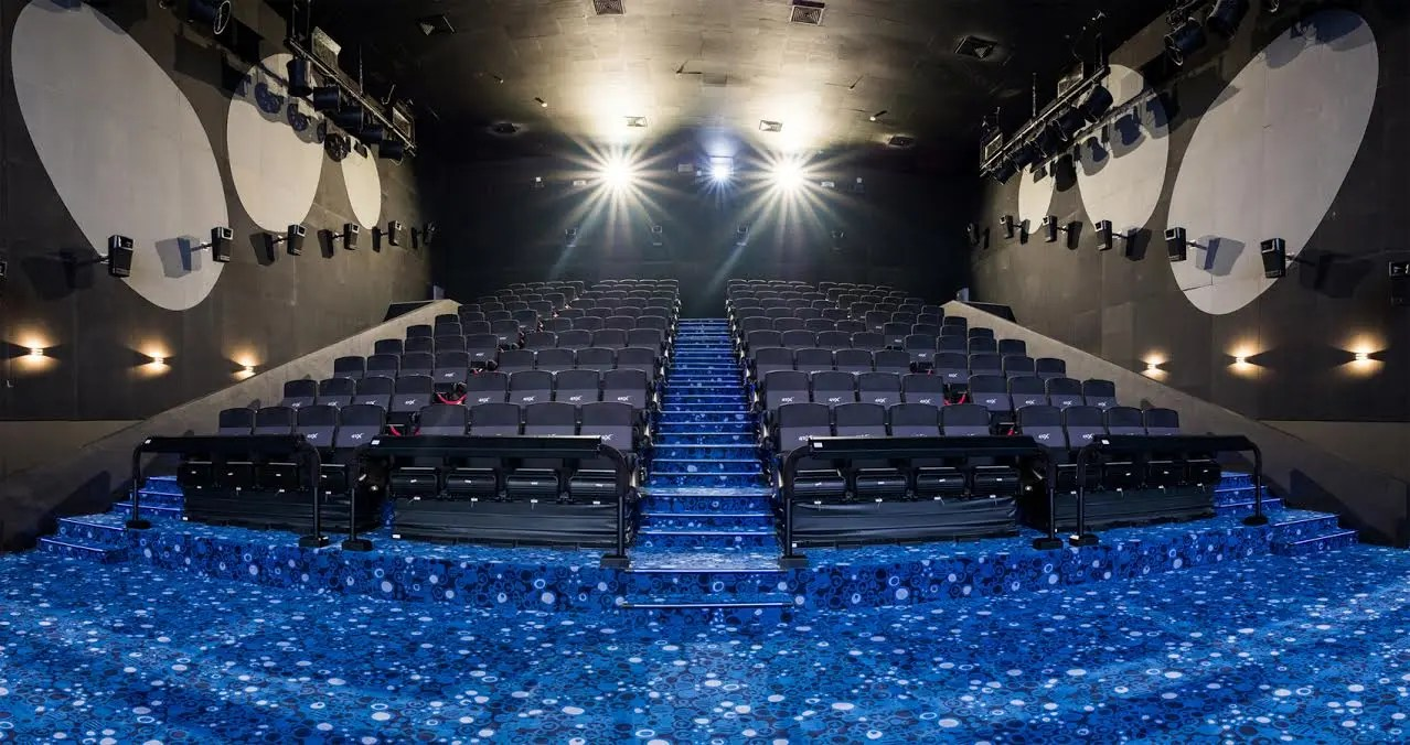 theater recliner chairs outdoor patio glider ayala malls opens first 4dxtm cinema in qc | starmometer