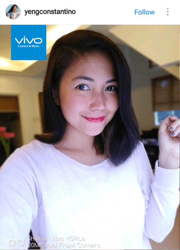 Pop-rock icon Yeng Constantino takes a selfie with the perfect selfie phone, Vivo V5 Plus.