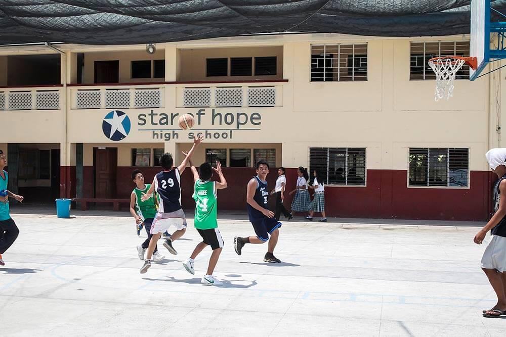 skola-filippinerna-taytay
