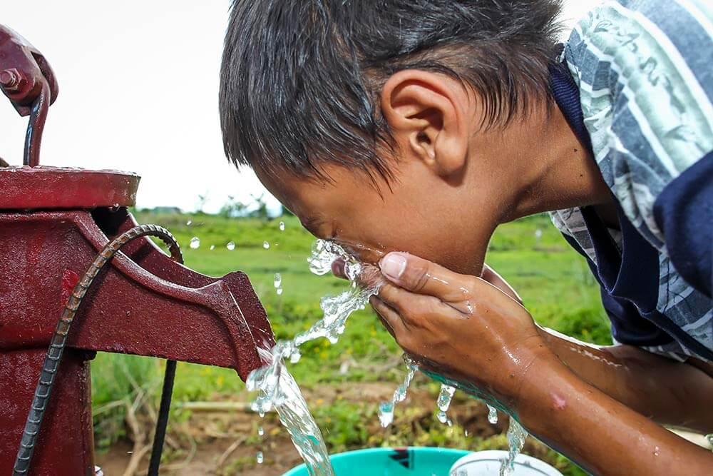 vatten-filippinerna-infanta