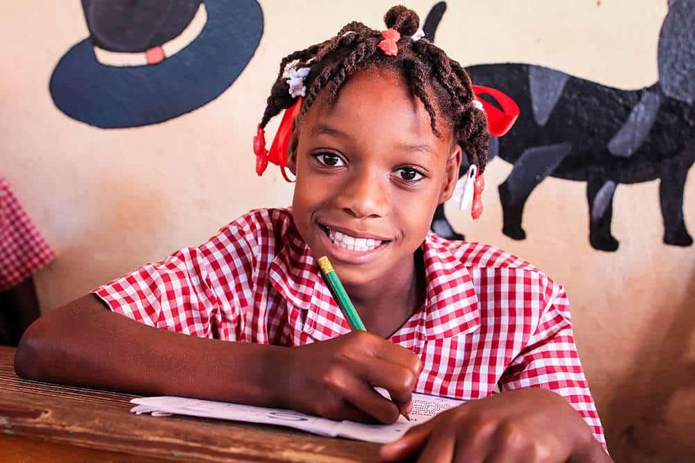 skolmaterial-haiti-jeanton