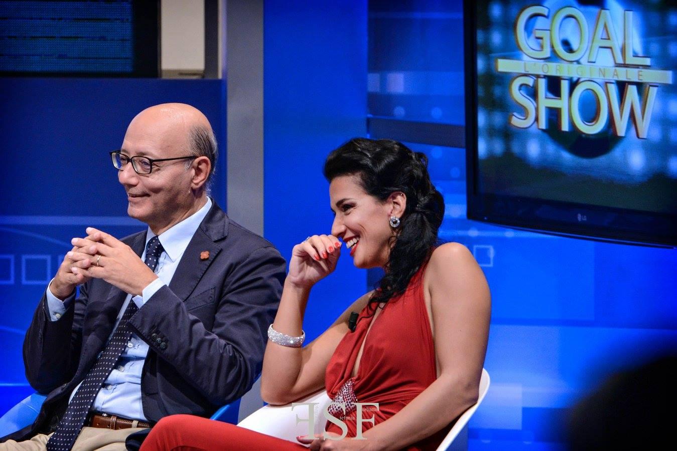Claudia Letizia lady letizia in burlesque goal show napoli TV burlesque grande fratello