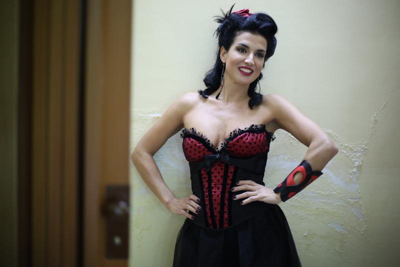 Claudia Letizia burlesque grande fratello TV è arrivata la felicità fiction Rai