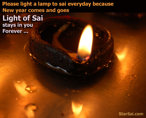 See my light between my fingers - shirdi saibaba