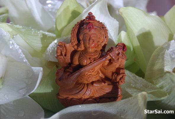 goddess saraswati blessings for education