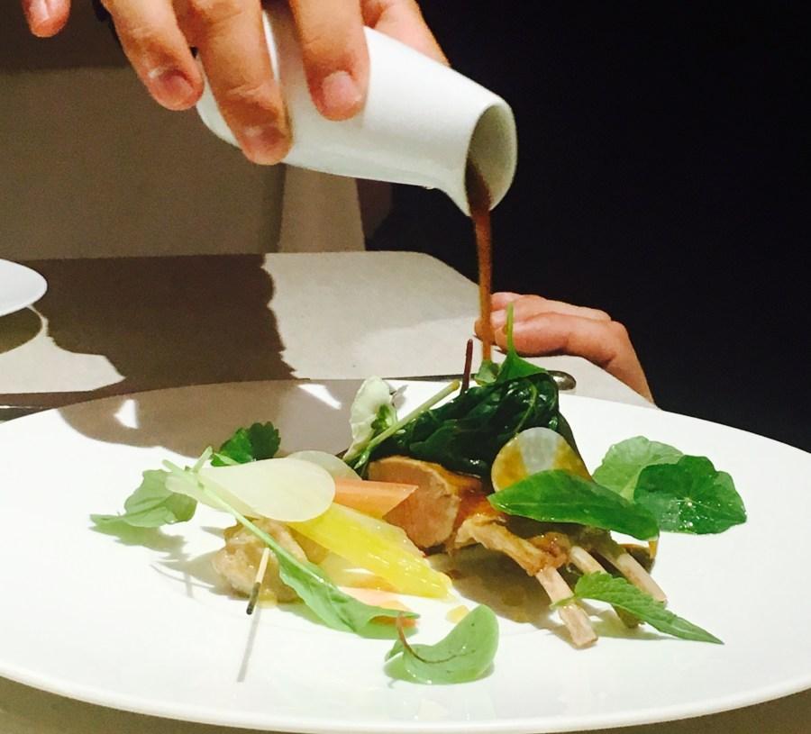 piazza-duomo-enrico-crippa_menu-la-degustazione_agnello-e-camomilla