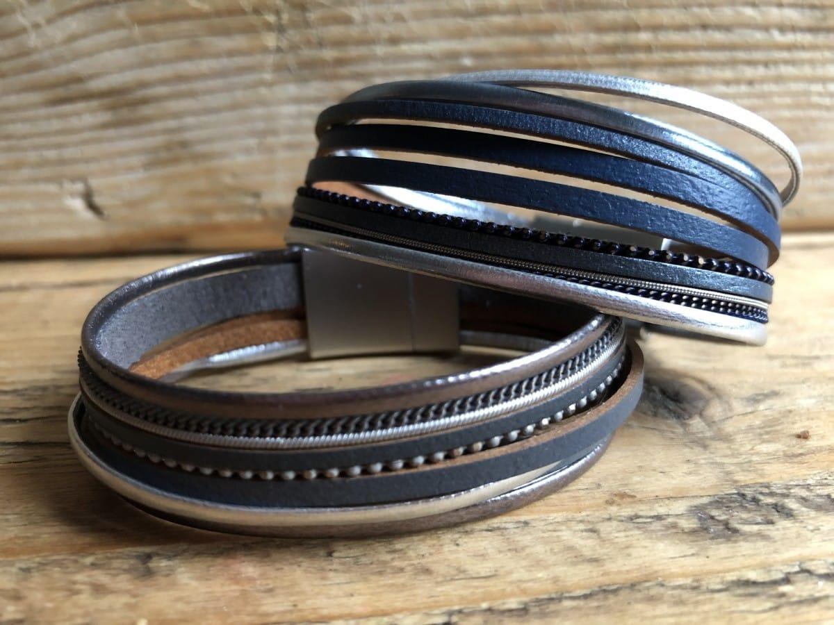 Leren armband grijs/zilver of blauw/zilver