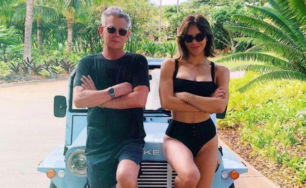 Katharine McPhee & David Foster Looks Happy During Vacation in Hawaii