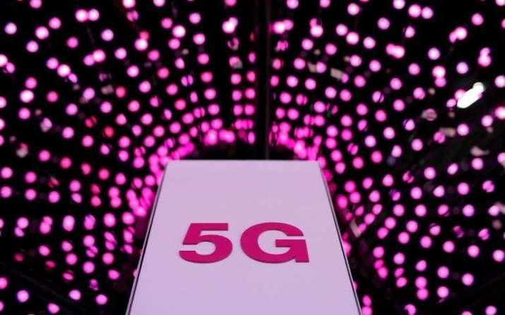 La historia de que la red 5G causa Covid-19 tiene una sólida base no científica