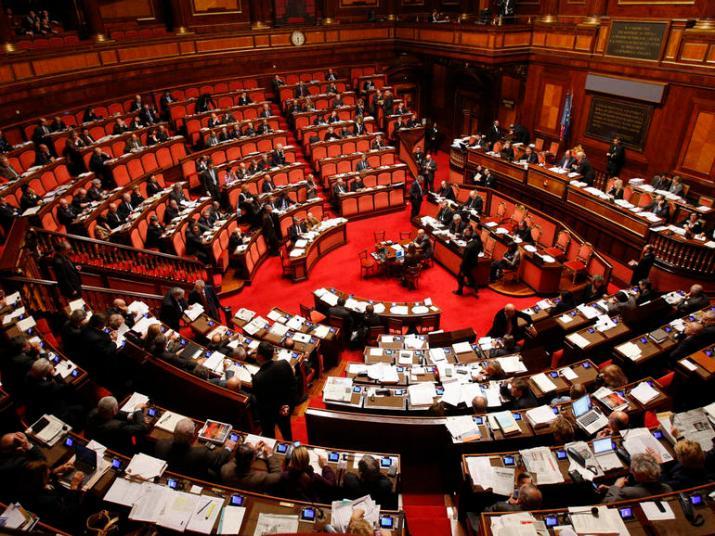 Wird das derzeitige Parlament den neuen Präsidenten der Republik wählen? Fragen und Zweifel