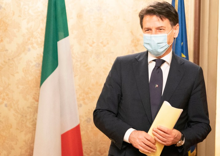 Pierluigi Battista nagelt Conte und Speranza, deshalb