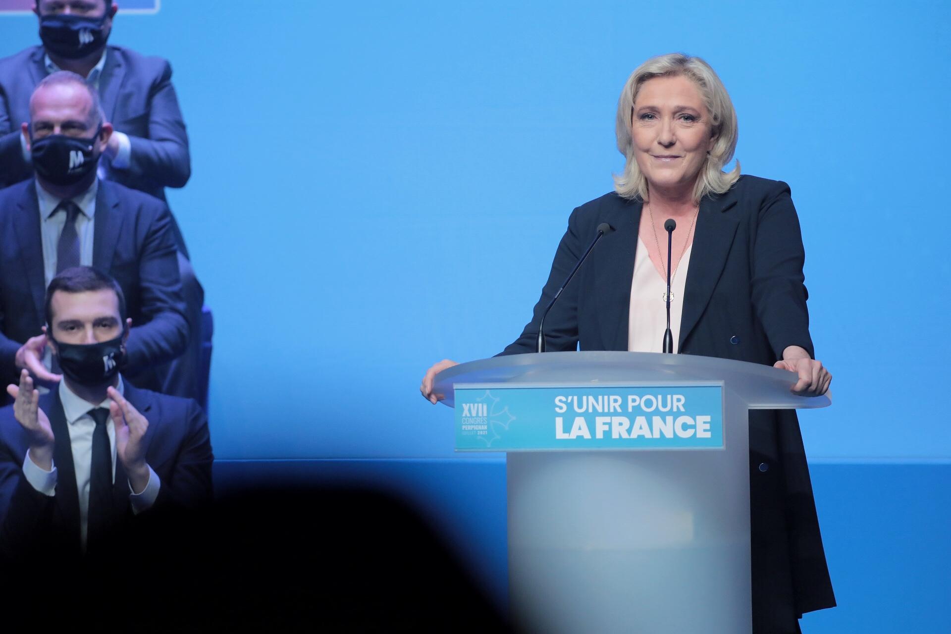 法國總統選舉對瑪麗娜·勒龐、馬克龍和伯特蘭的影響