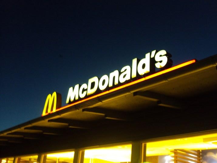 Pourquoi Rustichelli (Antitrust) enquête sur McDonald's en Italie