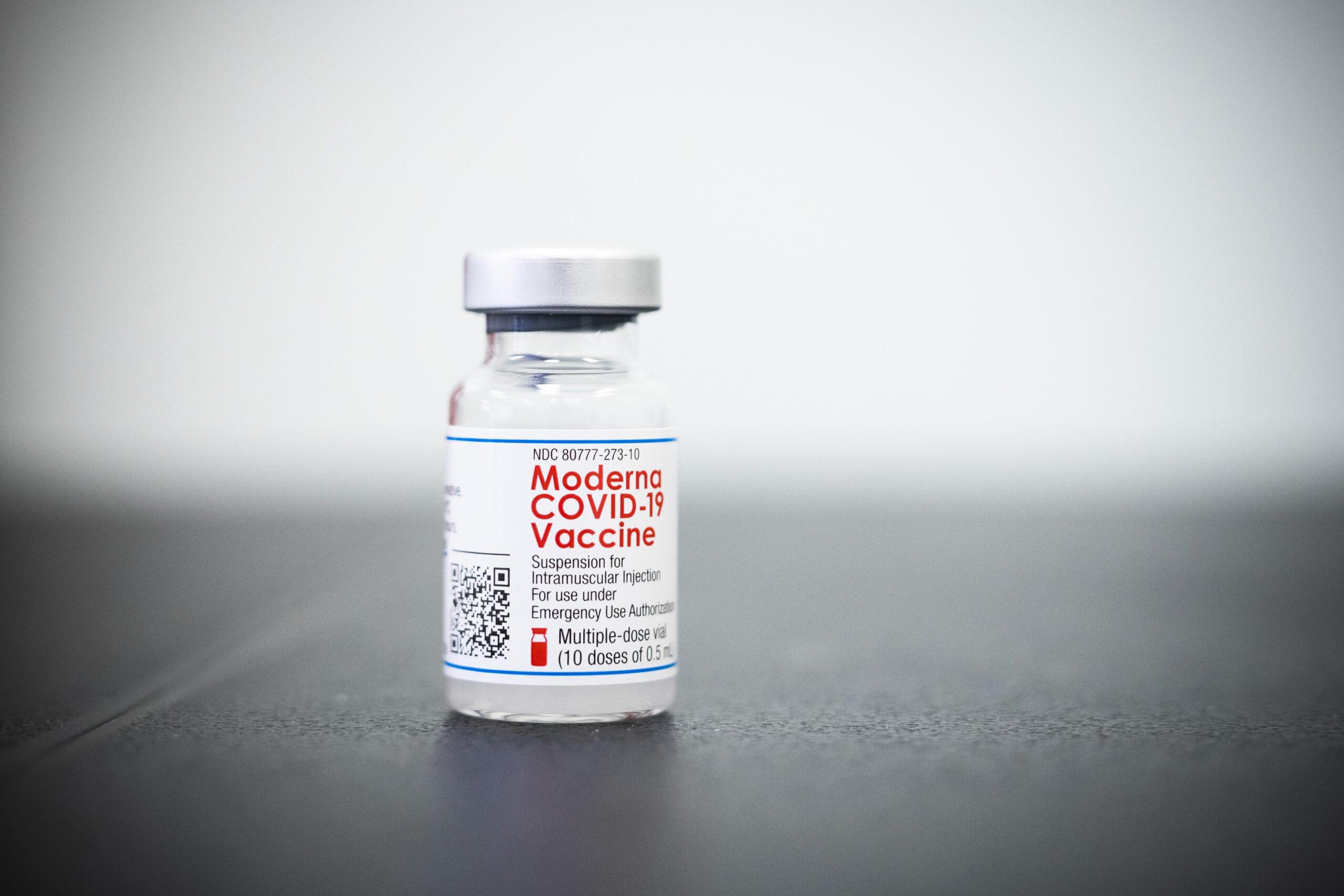 Aifaが青年向けのModernaワクチンの使用を承認しているため