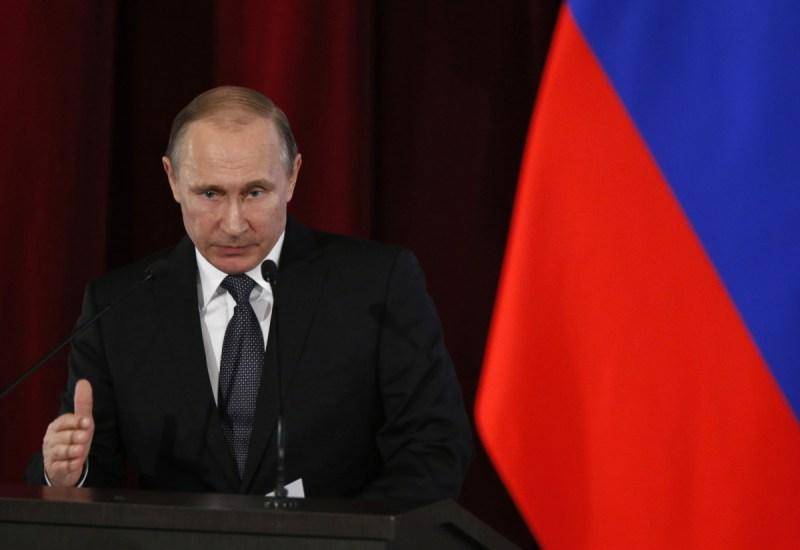 All the Kremlin maneuvers in France