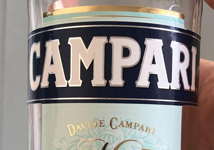 Comment et pourquoi la Chine ne fait pas de toast Campari (et pas seulement Campari)