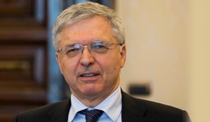 經濟部長丹尼爾·佛朗哥(Daniele Franco)代替魚雷的古里亞蒂(Gualtieri)