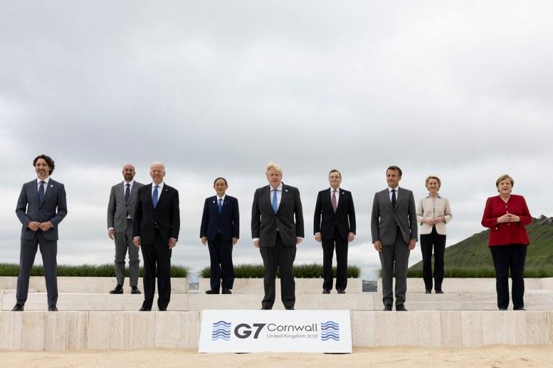 Все улыбки и антикитайские маневры G7 в Корнуолле