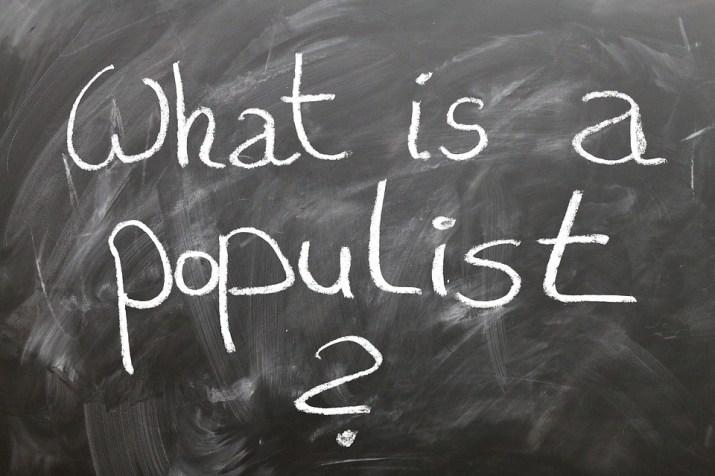 Παραμονή εκλογών: todos populistas, todos caballeros