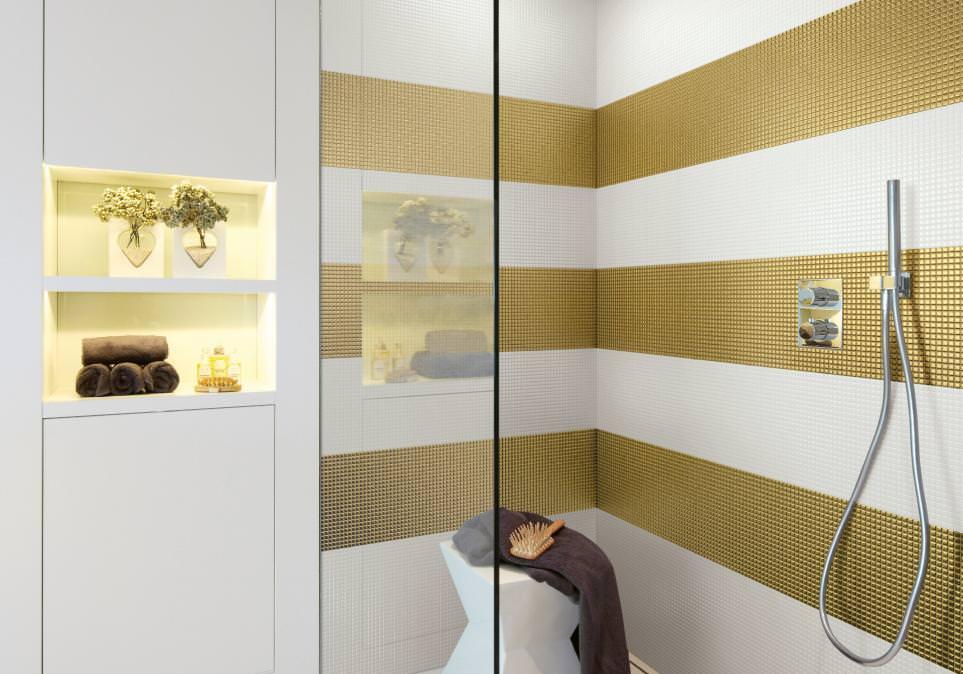 Bagno con pavimenti e rivestimenti in mosaico  100 idee bagni moderni contemporanei classici